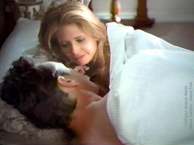 Un peu de tendresse entre Buffy et Giles...